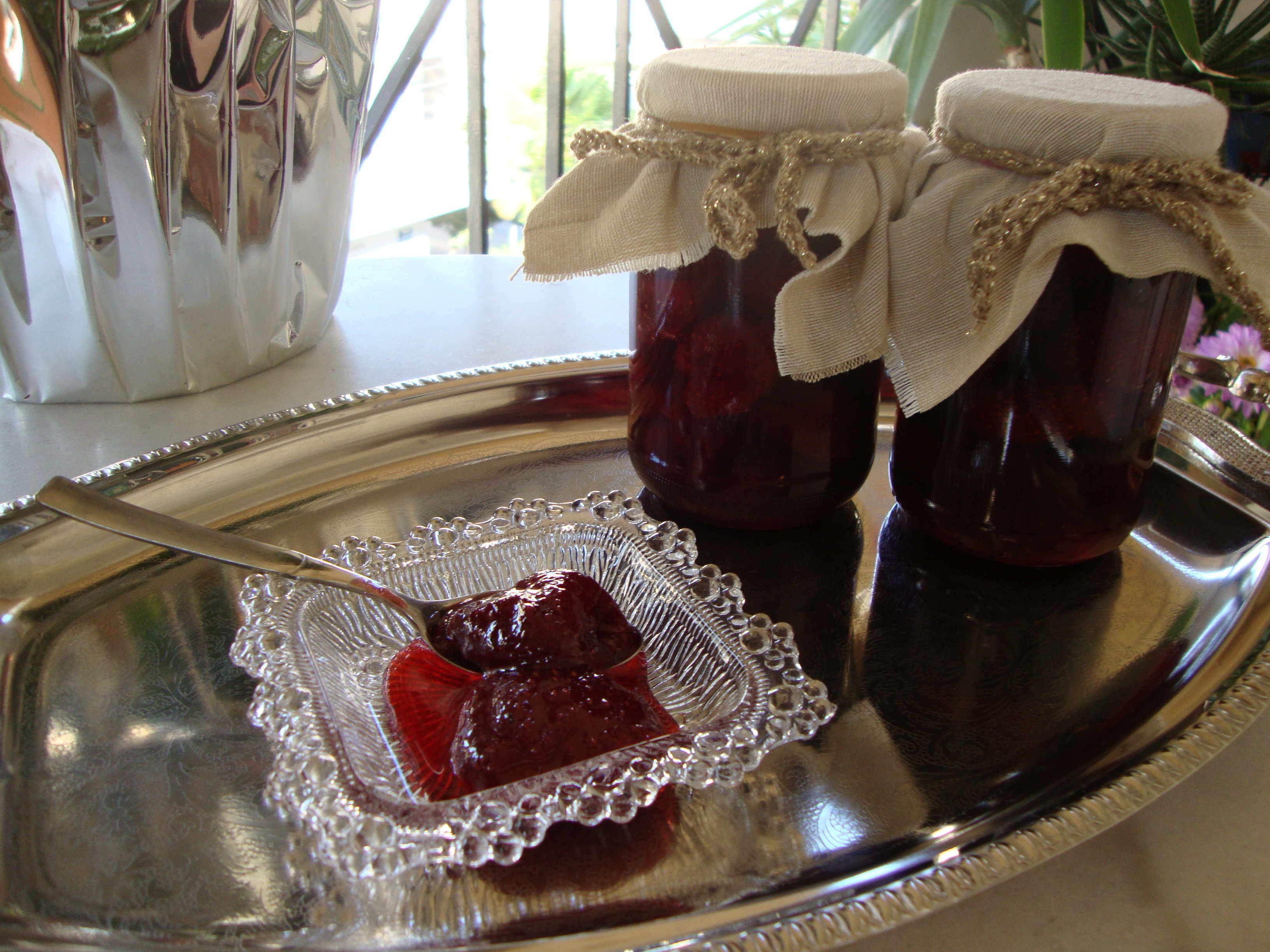 Γλυκό κουταλιού φράουλα 1