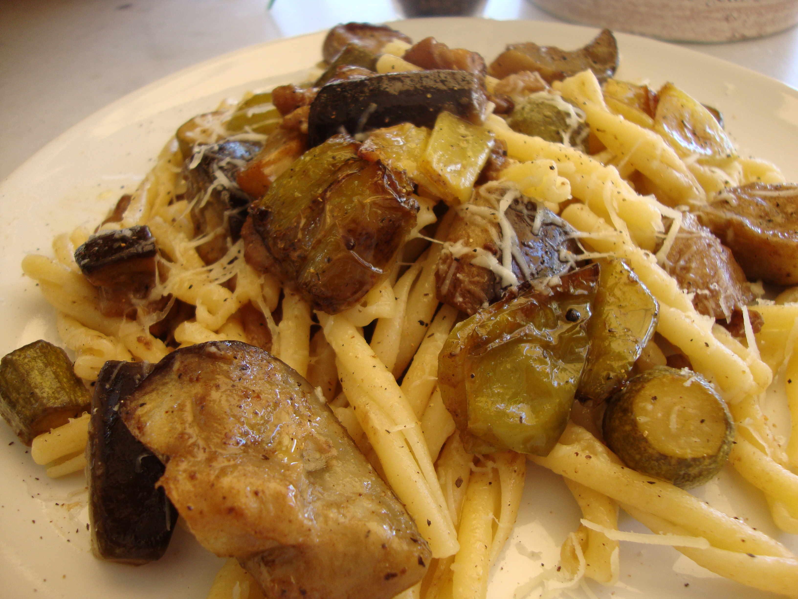 Ζυμαρικά με ψητά λαχανικά