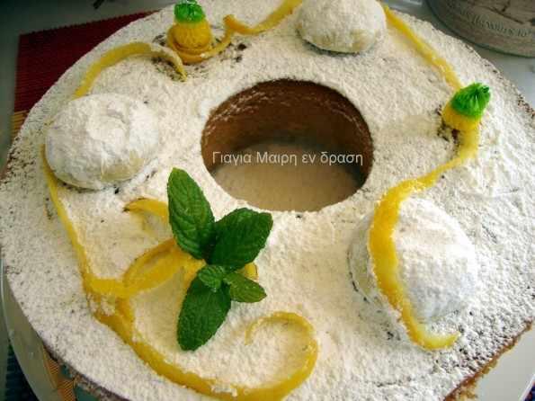 Κέικ κουραμπιέ με άρωμα λεμονιού